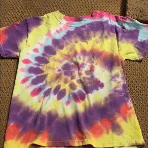 tie dye t- shirt